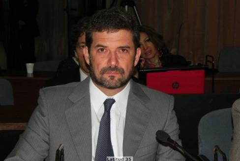 Dr. Fernando Arrigo